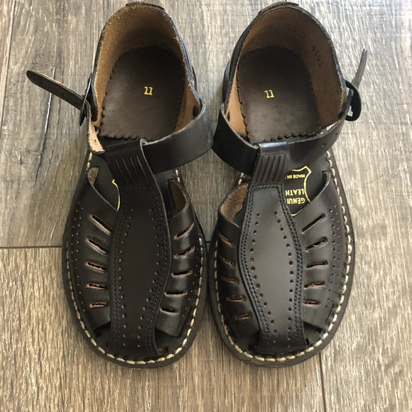 81617b6629e1c Brand New Vintage Leather Children's Sandals